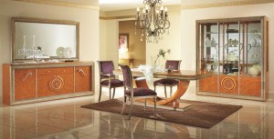Classic Italian Dining Furniture Picture