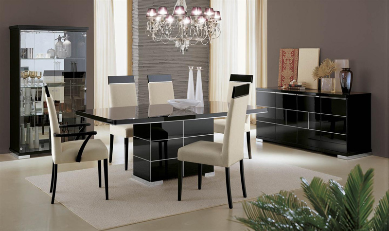 The sandra high gloss dining furniture set including italian dining