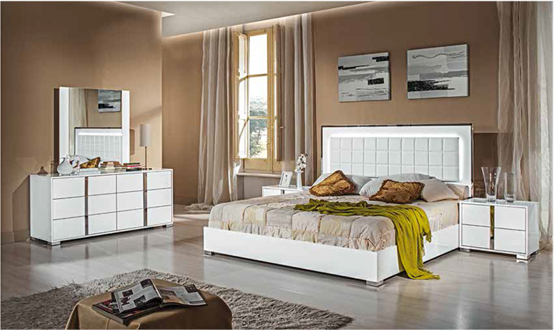 Elite white high gloss bedroom furniture set. White high gloss bedroom furniture   White high gloss furniture
