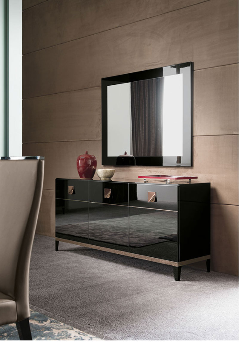 black-high-gloss-sideboard-buffet