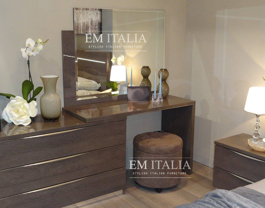 high-gloss-bedroom-vanity-dressing-table