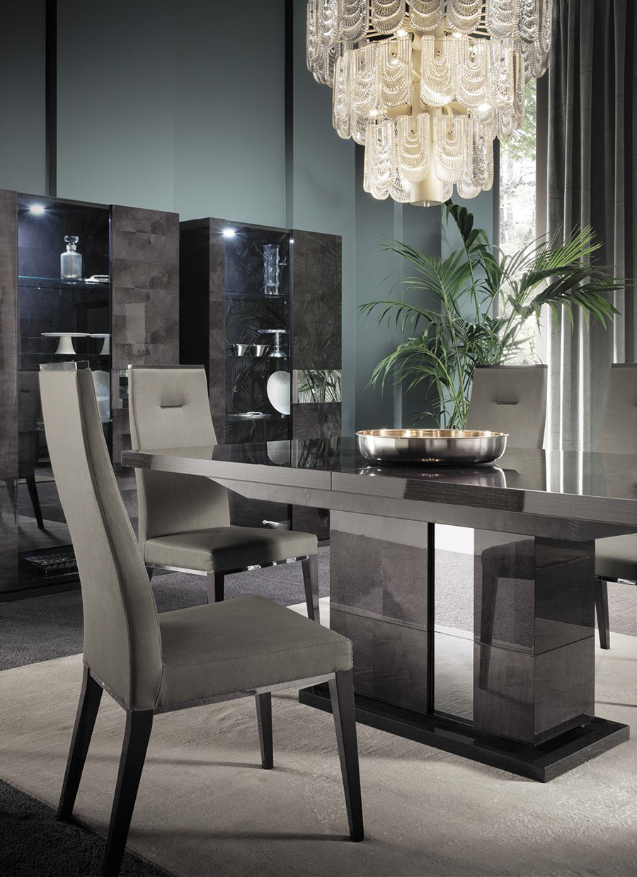 Dark Velvet High Gloss Dining Room Furniture Set