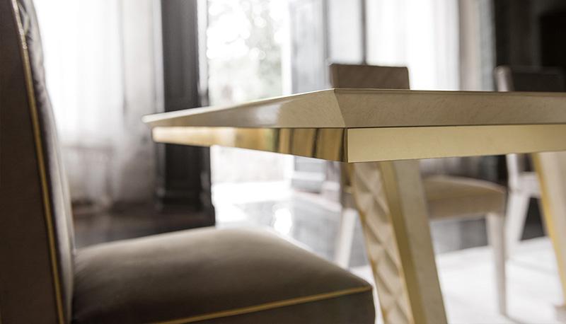 luxury-italian-dining-table
