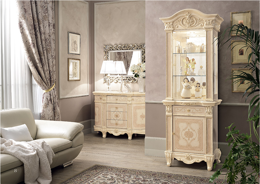 Versailles-classic-italian-furniture-display-cabinets