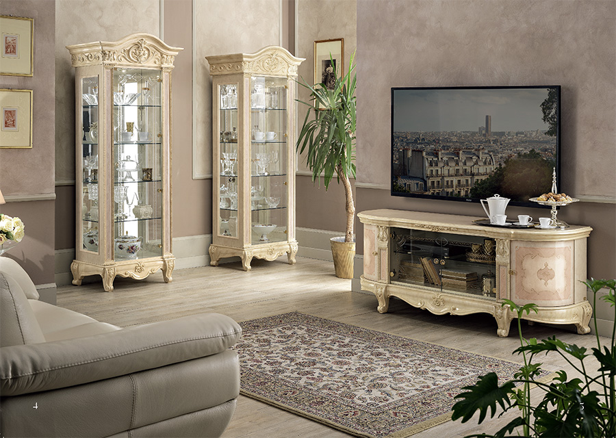 classic-italian-display-cabinets