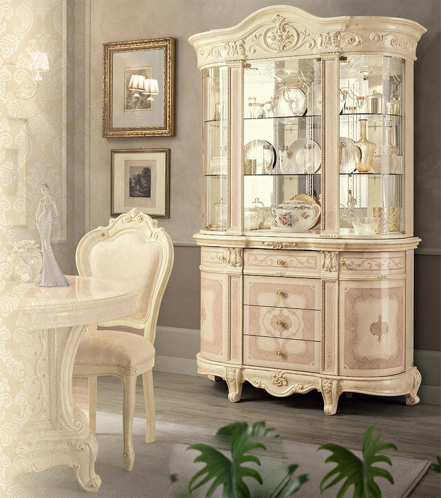 italian-classic-display-cabinet