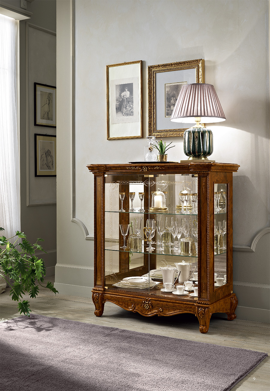 italian-glass-display-cabinet-furniture