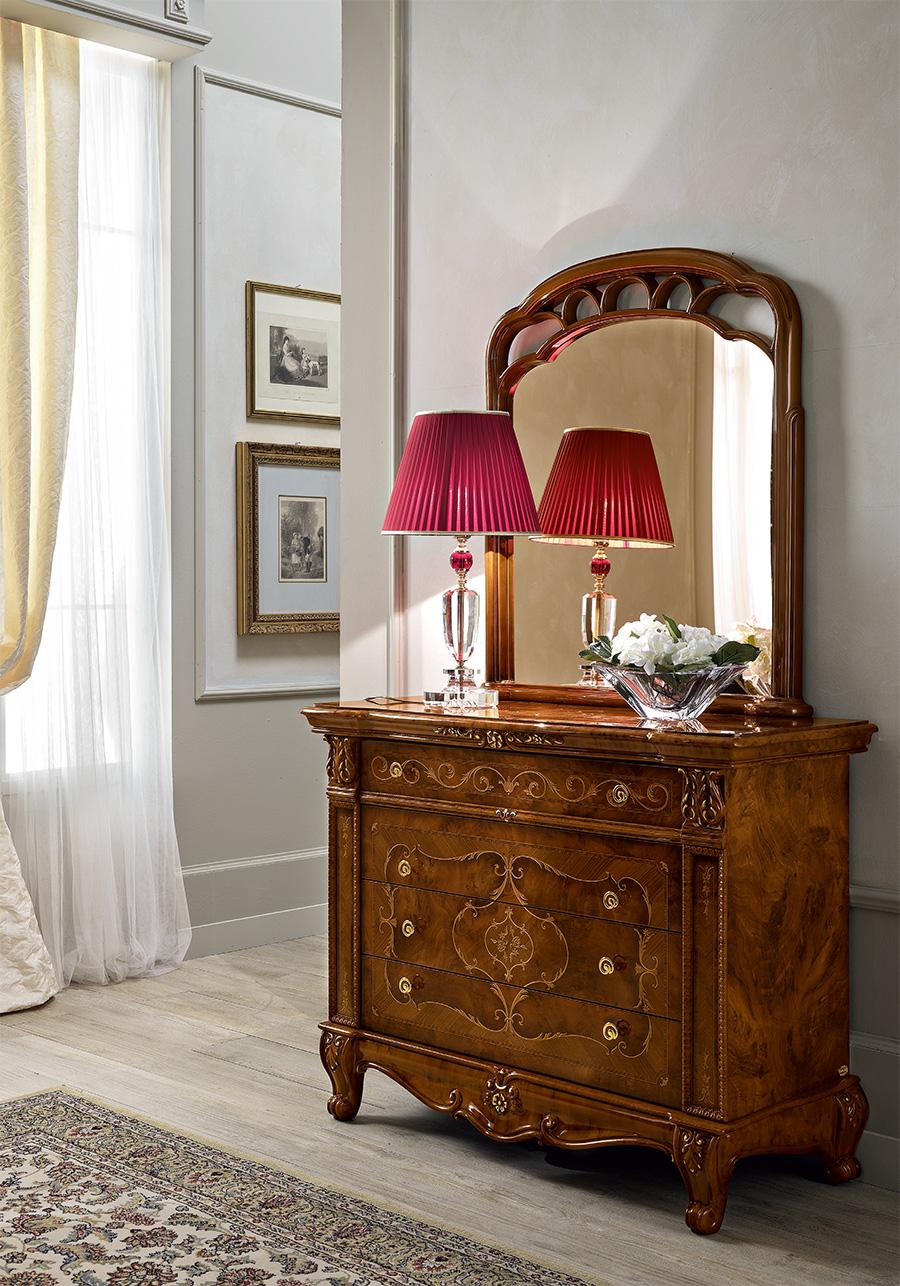 livingroom-dresser-mirror